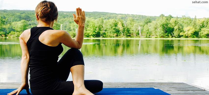 The Spinal Twist - Yoga Exercise For Peripheral Neuropathy