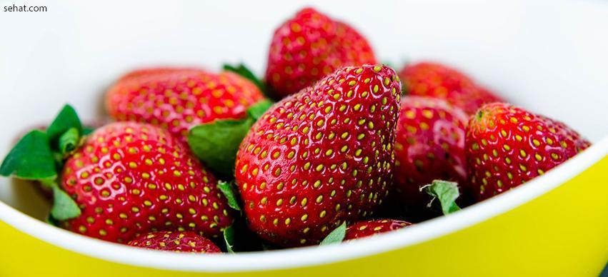 Strawberries-best low in sugar fruit for diabetes