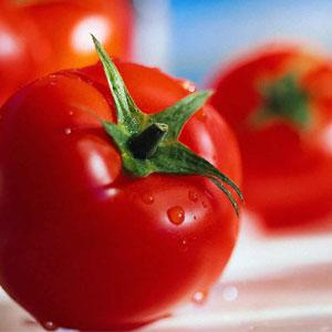 Eating Tomatoes Could Save You from Breast Cancer